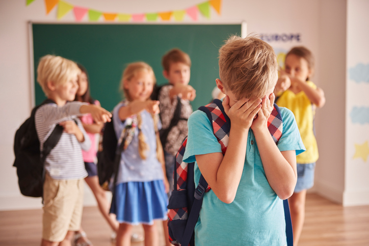Picture showing children violence at school